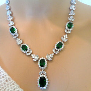 18K White gold Over Emerald Green Oval  Necklace